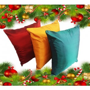 Christmas Pillow Case Set (Red, Gold & Green) @ Lotus House
